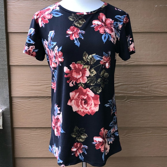 Reborn Tops - Floral Short Sleeve Women's T-Shirt Top SO SOFT!
